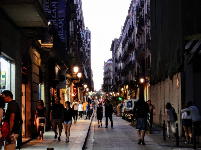 バルセロナのゴシック地区を歩き、ピカソ美術館へ