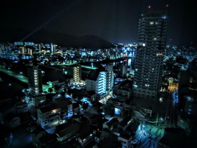 ホテル日航高知旭ロイヤル16Fからの夜景